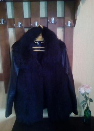 Меховая куртка с кожанными рукавами
