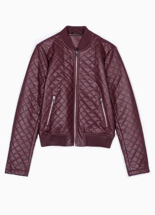 Бомбер куртка stradivarius