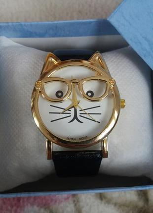 Часы женские с котом