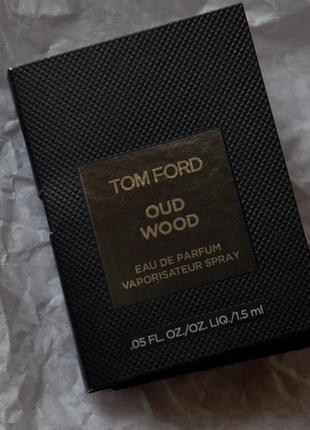 Фирменный пробник oud wood от tom ford
