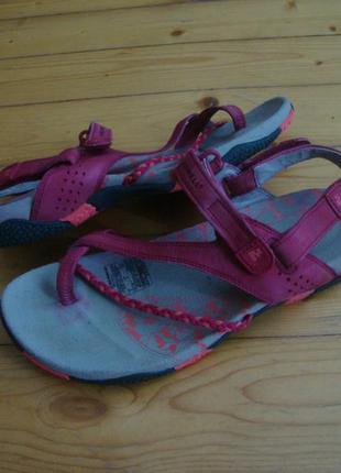 Сандалии merrell pink натур кожа оригинал 38 разм