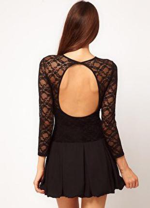 Чорне коротке плаття. нове .