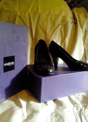 Итальянские туфли, черные 40 размер nila&nila