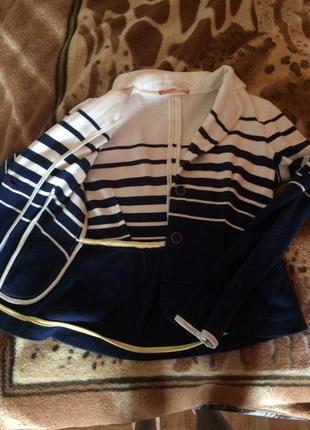 Стильный пиджак zarina