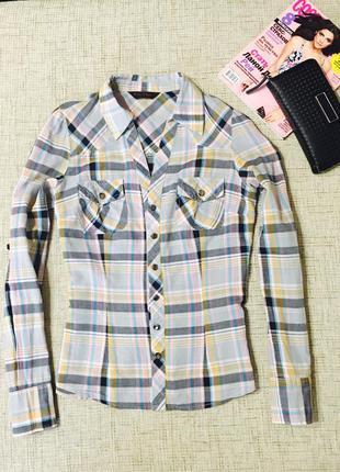 Рубашка приталенная, очень стильная zara