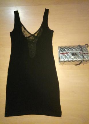 Маленькое черное платье motel