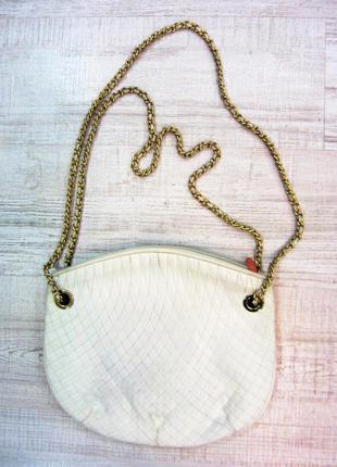 Шикарная белая сумка suzy smith на цепочках