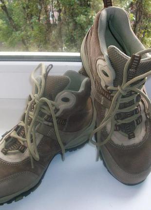 Ботинки  натуральная кожа р.39