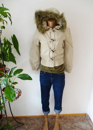 Бежевая куртка на молнии с капюшоном весна осень denim co