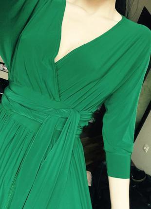Длинное изумрудное платье из микродайвинга