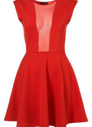 Красное вечернее платье с прозрачной спинкой