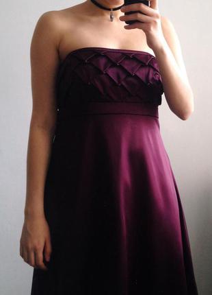 Очень красивое вечернее платье next цвета бургунди