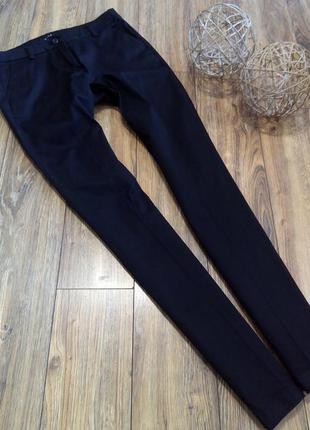 Идеальные базовые брюки с карманами vila clothes размер m