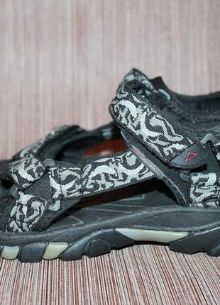 Спортивные летние сандалии от mckinley 40 размер