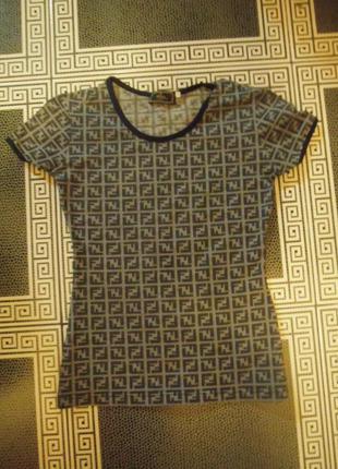 Брендовая кофточка футболка плотная ткань