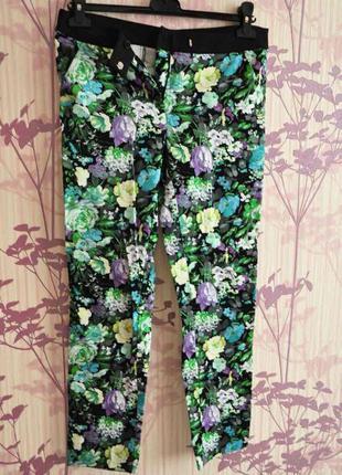 Принтованные брендовые брюки на весну