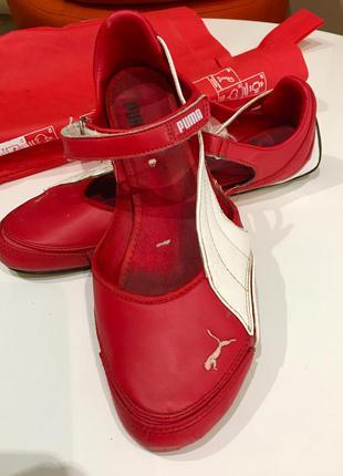 Кожаные спортивные красные  мокасины puma ferrari