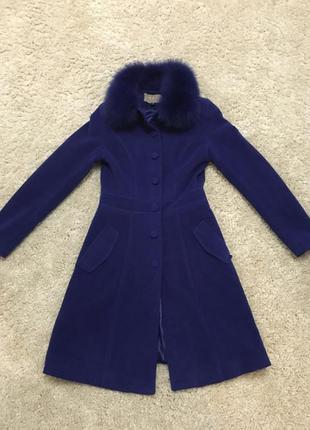 Пальто натуральная шерсть воротник песец ! супер качество