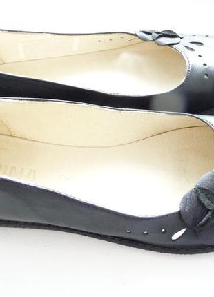 Кожаные туфельки alpina