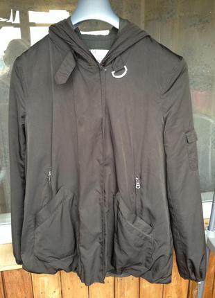 Лёгкая куртка с капюшоном zara