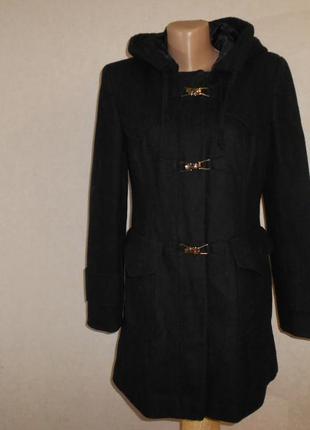 Стильное черное пальто с капюшоном next в составе шерсть, р.10, s-ка