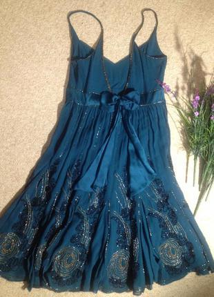 Вечернее платье из 100% натурального шелка с вышивкой ручной работы