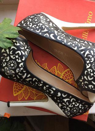 Шикарні випускні \ вечірні туфлі з відкритим носком від bellissimo