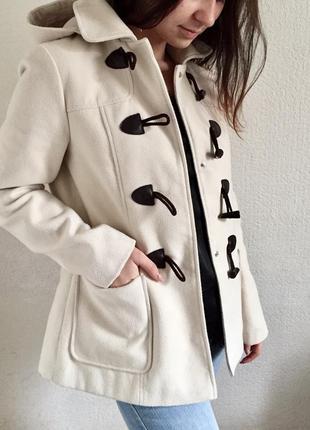 Женское пальто дафлкот
