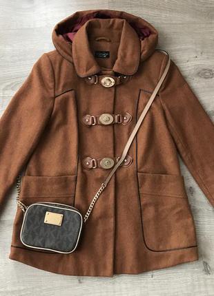Милое шерстяное пальто topshop