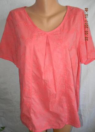 Коралловая  легкая блуза большого размера с вышивкой