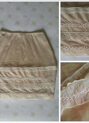 Трендовая пудровая юбка мини в бельевом стиле s/m