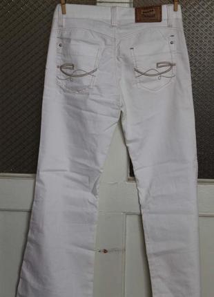 Штаны джинсы брюки белые madoc 27 (42-44)