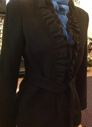 Классное пальто по фигуре