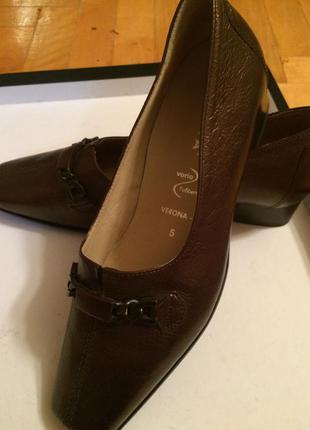Кожаные туфли hassia 38