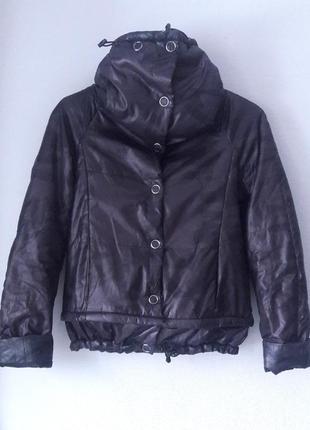 Kira plastinina xs s размер демисезонная куртка с высоким воротом камуфляж