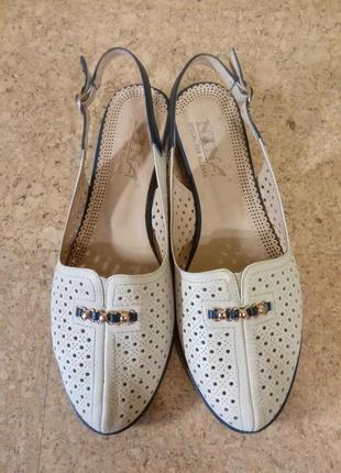 Босоножки 38 ellenka shoes company, nina