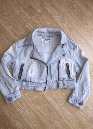 Куртка джинсовая ,размер s