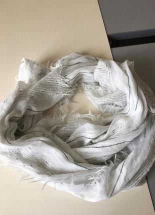 Красивый оригинальный шарфик