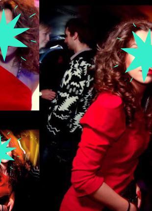 Красное бархатное платье нарядное вечернее на одно плече рукав фонарик