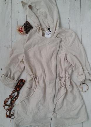 Стильная  курточка-ветровка с капюшоном h&m