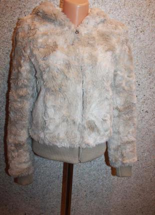 Курточка- шубка с капюшоном от h&m, размер m