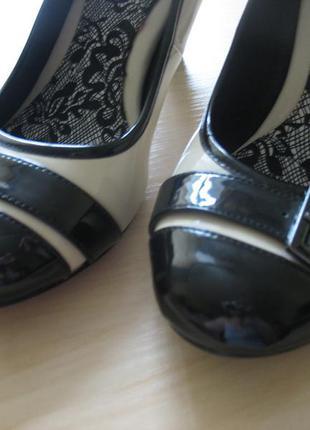 Туфли лаковые next 38 раз. новое состояние