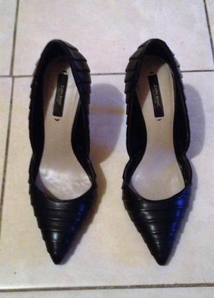 Нереально красивые туфельки zara basic