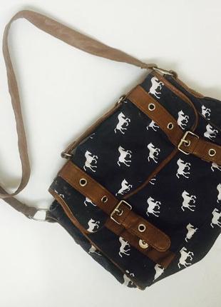 Прикольная сумочка с лошадьми