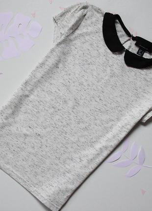 Фтболка блуза с воротником atmosphere