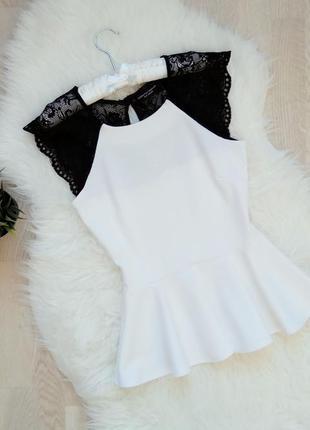 Шикарная блуза с баской вставка кружева