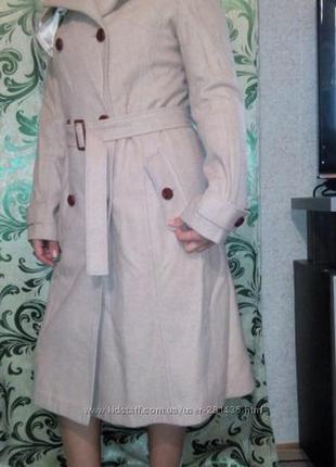 Пальто женское шерстяное демисезонное