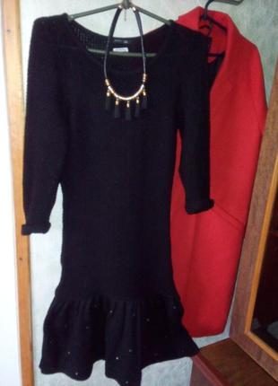 Тепле плаття з воланами знизу!