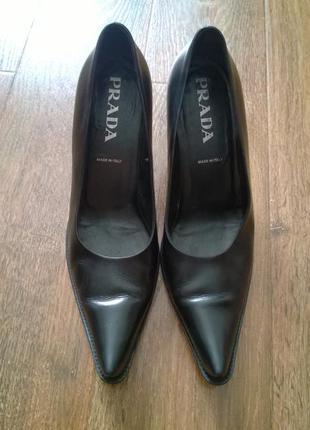 Prada классические туфли из натуральной кожи