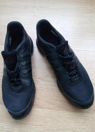 Кроссовки adidas. размер 38, немного маломерят